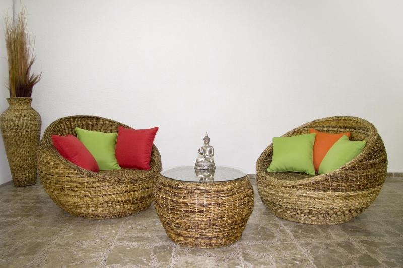 meubles en rotin et bambou. Black Bedroom Furniture Sets. Home Design Ideas