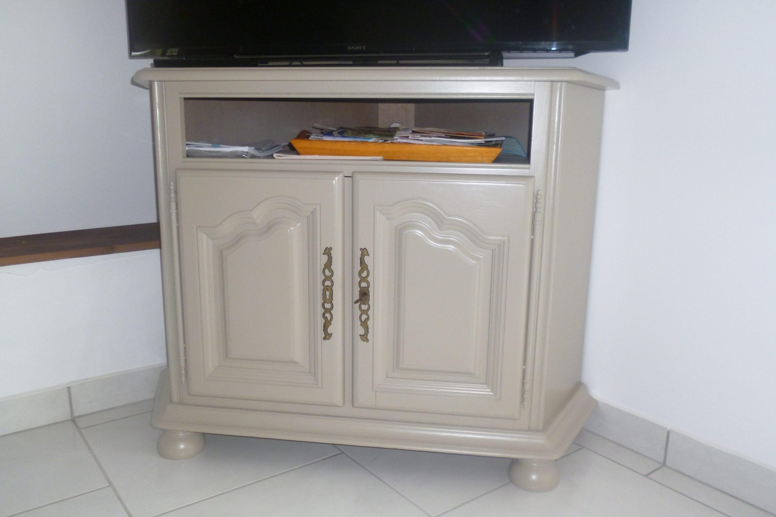Repeindre Meuble De Salle A Manger peinture et patine sur meubles